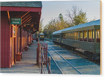 Jamestown Station Wood Print