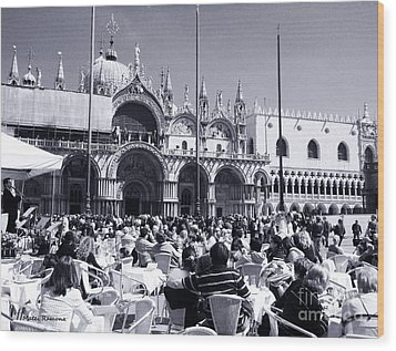 Jazz In Piazza San Marco Black And White  Wood Print by Ramona Matei