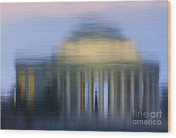 Jefferson Memorial Reflection Wood Print by Clarence Holmes