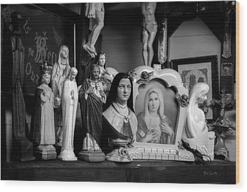 Jesus And Mary At The Curio Shop Wood Print by Bob Orsillo