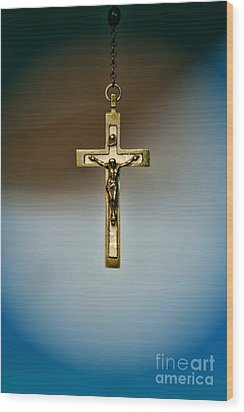 Jesus On The Cross 4 Wood Print by Paul Ward