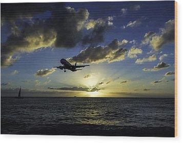 jetBlue landing at St. Maarten Wood Print by David Gleeson