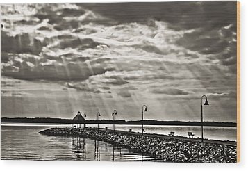 Jetty And Sunrays In Bw Wood Print by Greg Jackson