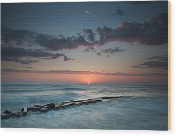 Jetty And The Sun Wood Print