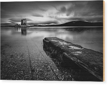 Jetty To Castle Stalker Wood Print by Dave Bowman