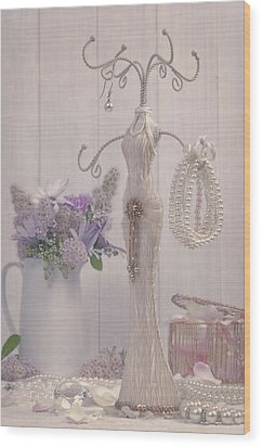 Jewellery And Pearls Wood Print by Amanda Elwell