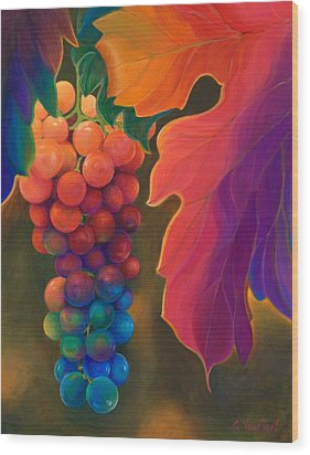 Jewels Of The Vine Wood Print by Sandi Whetzel
