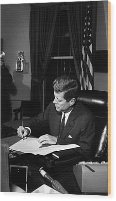 Jfk Signing The Cuba Quarantine Wood Print by War Is Hell Store