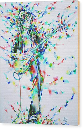 Jimmy Page Playing The Guitar - Watercolor Portrait Wood Print by Fabrizio Cassetta