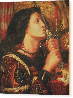 Joan Of Arc Kissing The Sword Wood Print by Dante Gabriel Charles Rossetti