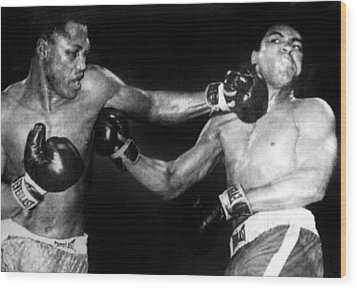 Joe Frazier Vs. Muhammad Ali Wood Print by Everett