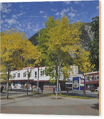 Juneau In The Fall Wood Print by Cathy Mahnke