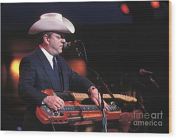 Junior Brown Wood Print by Concert Photos