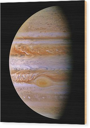 Jupiter And The Spot Wood Print by Benjamin Yeager