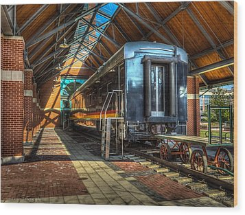 Wood Print featuring the photograph Kansas City Southern by Ross Henton