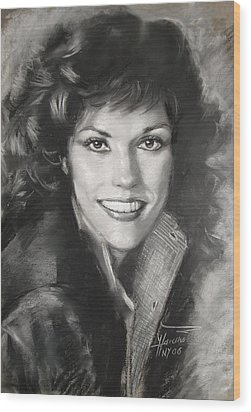 Karen Carpenter Wood Print by Viola El