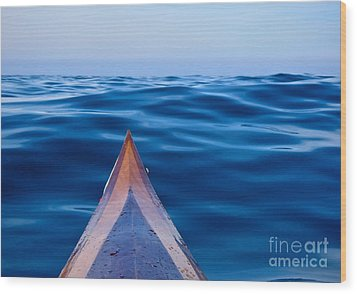 Kayak On Velvet Blue Wood Print by Michael Cinnamond
