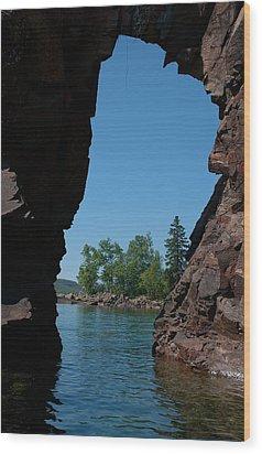 Kayaking Through The Arch Wood Print by Sandra Updyke