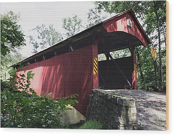 Keefer Station Covered Bridge Wood Print by Gene Walls