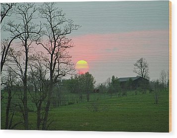 Kentucky Sunset Wood Print by Donald Lively