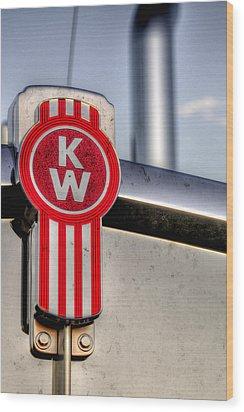 Kenworth Hood Logo 34709 Wood Print by Jerry Sodorff