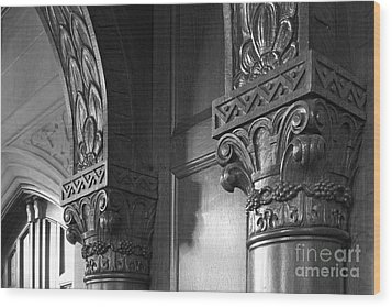 Kenyon College Great Hall  Wood Print by University Icons