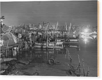 Wood Print featuring the photograph Kerala Night Dock by Sonny Marcyan