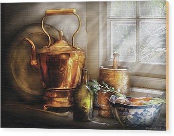 Kettle - Cherished Memories Wood Print by Mike Savad