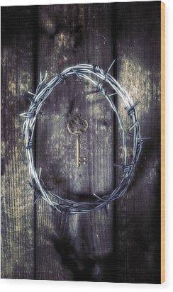Key Of A Treasure Chest Wood Print by Joana Kruse