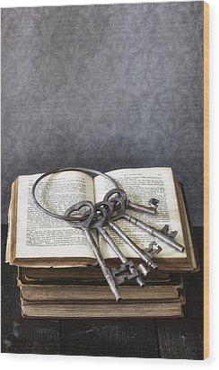 Key Ring Wood Print by Joana Kruse
