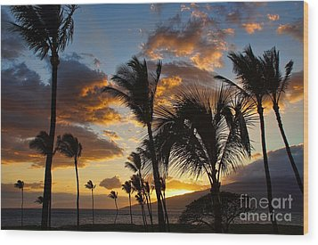 Wood Print featuring the photograph Kihei At Dusk by Peggy Hughes