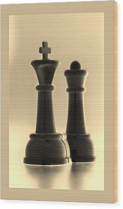 King And Queen In Sepia Wood Print by Rob Hans