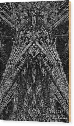 King Of The Wood Wood Print by David Gordon