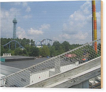 Kings Dominion - Shockwave - 01131 Wood Print by DC Photographer