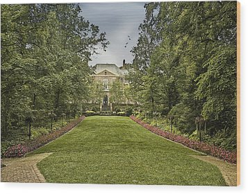 Kingwood Center Wood Print by Mary Timman