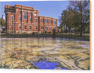 Kiowa County Courthouse With Mural - Hobart - Oklahoma Wood Print by Jason Politte