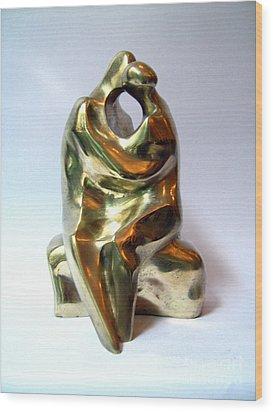 Kiss Wood Print by Nikola Litchkov