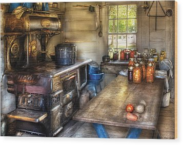 Kitchen - Home Country Kitchen  Wood Print by Mike Savad