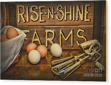 Kitchen  Rise And Shine Wood Print by Paul Ward