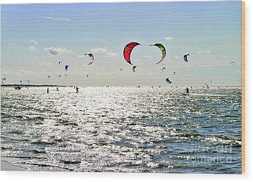 Kitesurfing In The Sun Wood Print by Maja Sokolowska