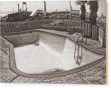 Kiva Motel -  Empty Pool Wood Print by Gregory Dyer