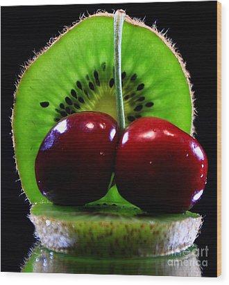Kiwi Fruit Wood Print by Dipali S