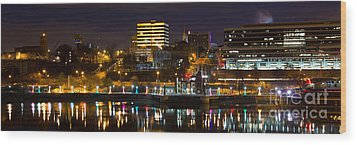 Knoxville Waterfront Wood Print by Douglas Stucky