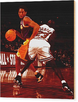 Kobe Spin Move Wood Print by Brian Reaves