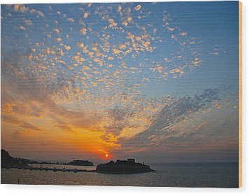 Kusadasi Sunset Wood Print by Eric Tressler