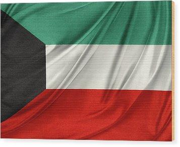 Kuwait Flag  Wood Print by Les Cunliffe