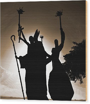 Wood Print featuring the photograph La Rogativa 3 by Ricardo J Ruiz de Porras