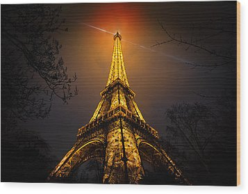 La Tour Eiffel Wood Print by Clemens Geiger