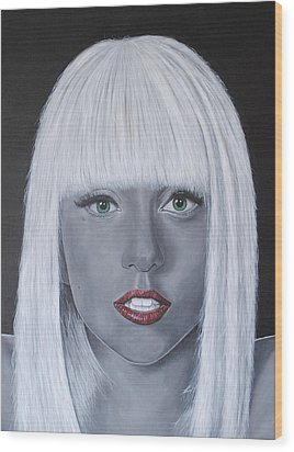 Lady Gaga 'poker Face' Wood Print by David Dunne
