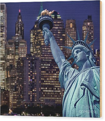 Lady Liberty By Night Wood Print by Delphimages Photo Creations